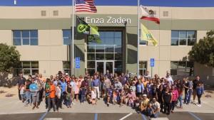 2016 Enza Zaden Open House group photo.